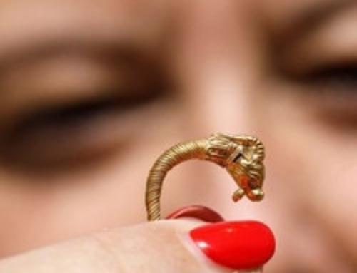 Découverte d'une boucle d'oreille de plus de 2000 ans à Jérusalem