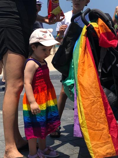 Des familles avec enfants participent a la Gay Pride Tel Aviv 2019
