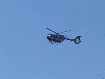 Un hélicoptère de la Police survole Tel Aviv pour la Gay Pride 2019