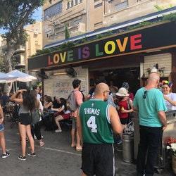 slogan de la Gay Pride Tel Aviv 2019 est Love is love